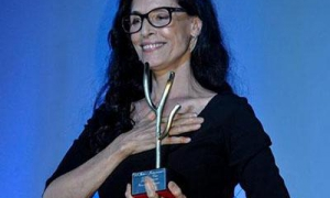 Sonia Braga's performance in Aquarius was one of the few to win approval from the jury, critics, and audiences alike.