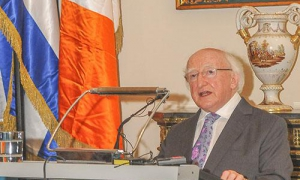The honorable Michael D. Higgins, President of Ireland, presented a master lecture in San Gerónimo University's Aula Magna; inaugurated an exposition entitled The Irish in Latin America, as part of the 6th International Congress on Irish and Latin America