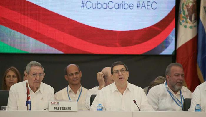 Raúl presides 22nd ACS-AEC Ministerial Council Meeting