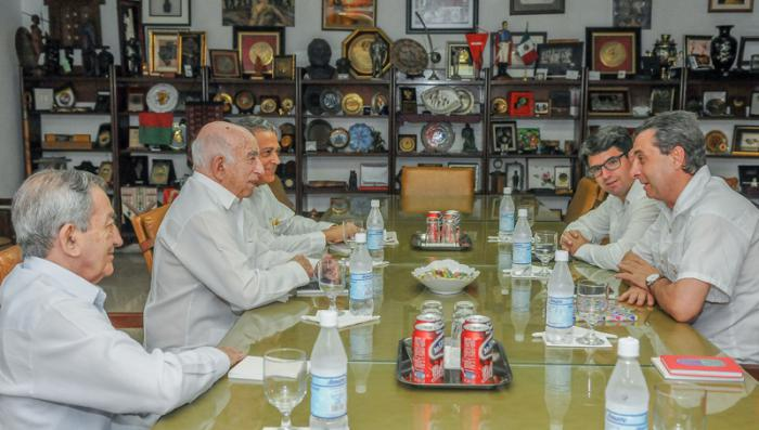 Machado Ventura receives delegation from the Communist Party of Spain.