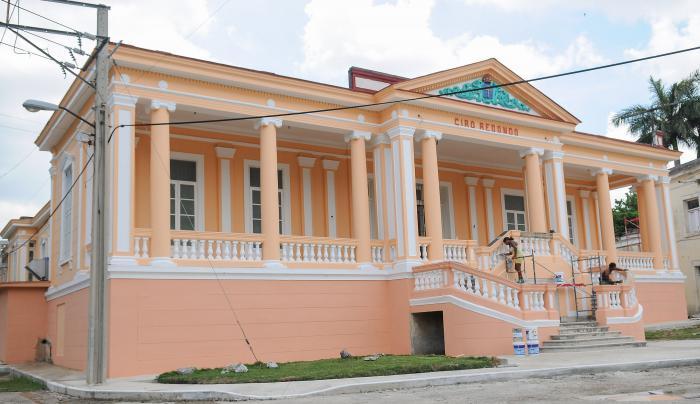 Breathing new life into Havana's hospitals