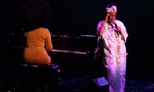 Omara Portuondo received a standing ovation during the Artes de CubaFestival in Washington.