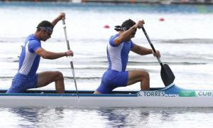 The experienced Serguey Torres (right) and Fernando Dayán Jorge, had a successful weekend competing in the Canoe Sprint World Cup in the German city of Duisburg.