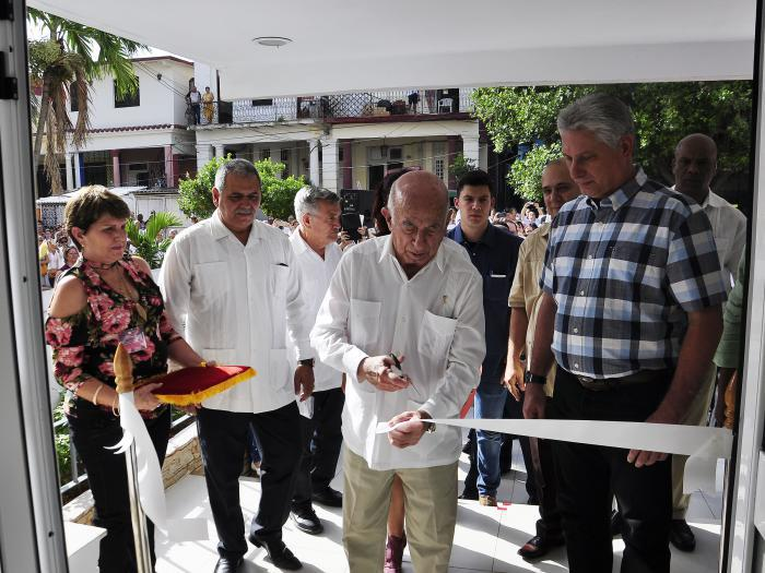 President Miguel Díaz-Canel Bermúdez inaugurates new Institute of Hematology and Immunology headquarters