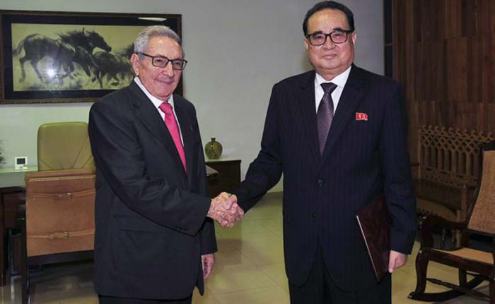 Raúl receives Vice President of Korean Labor Party